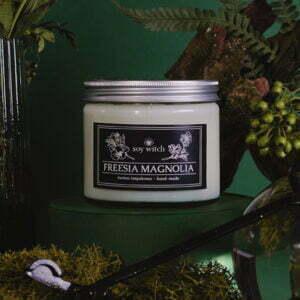 Świeca zapachowa - freesia magnolia