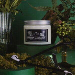 Świeczka rzepakowa - freesia magnolia